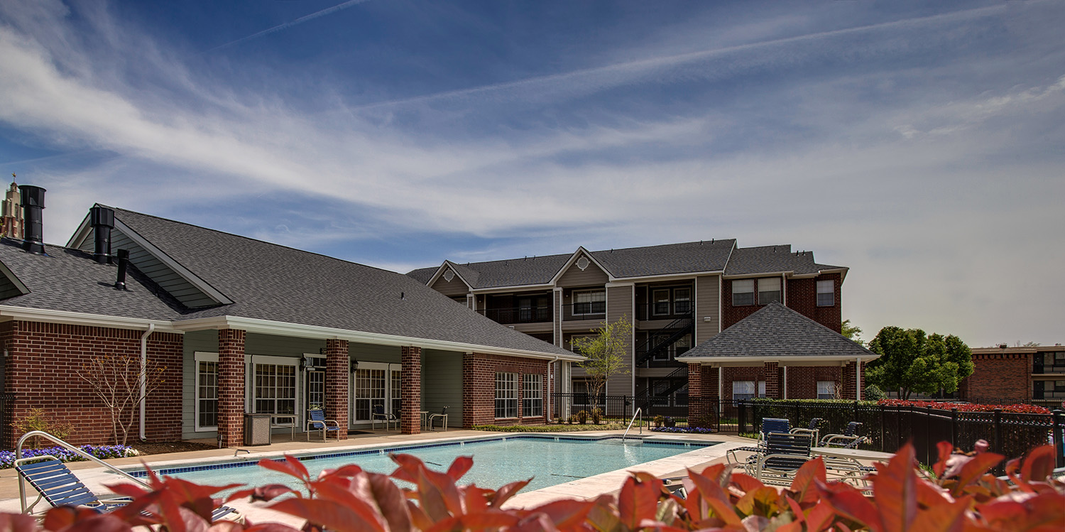The swimming pool of Cokesbury Court student apartments at OKCU.