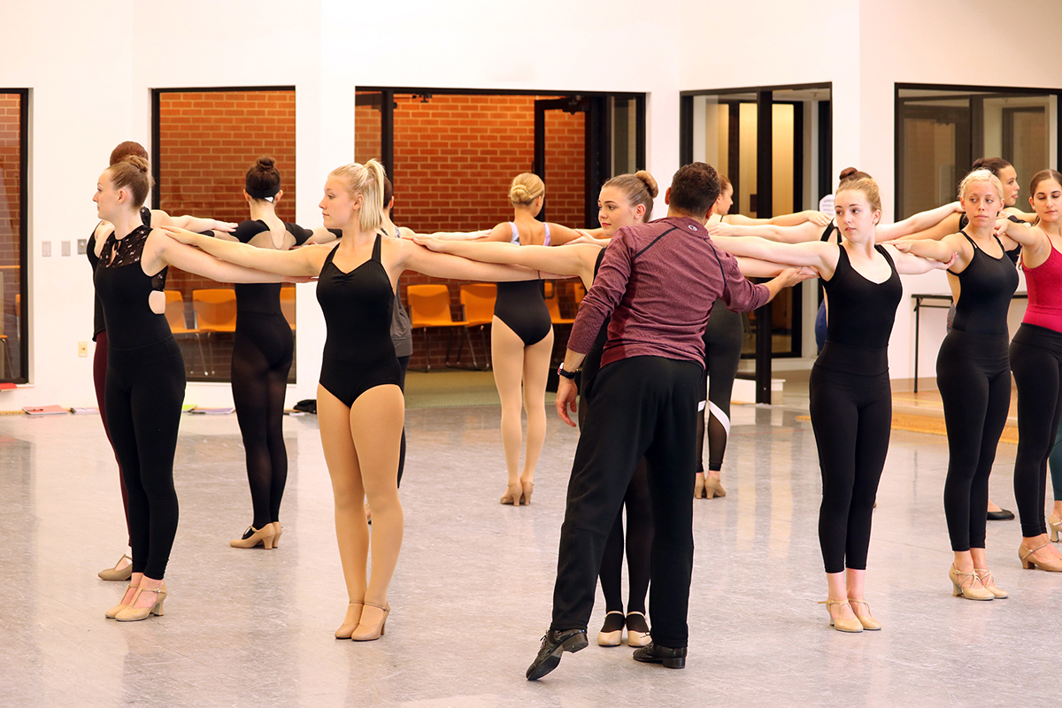 Broadway Bound student dancers train in a circle